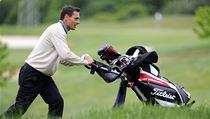 Bývalý desetibojař Roman Šebrle na golfovém turnaji série Czech PGA Tour 3. května v Kuřimi na Brněnsku.