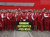 "St�j Ferrari se vzkazem pro Michaela Schumachera: ""Vzpom�n�me na tvoje prvn� v�t�zstv� s n�mi."""