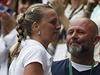 Petra Kvitová v slzách děkuje své rodině a trenéru Davidu Kotyzovi.