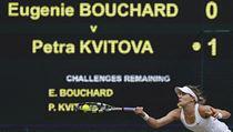 Eugenie Bouchardová ve finále Wimbledonu 2014.