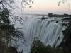 Hned ráno stojíme op�t u brány k vodopád�m. Jsou toti� jak na zambijské, tak na...   na serveru Lidovky.cz   aktu�ln� zpr�vy