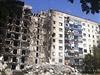 Válka na východě Ukrajiny. Zničená budova v Lysyčansku.
