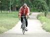 Na Labské cyklostezce výrazn� p�eva�ují rezidenti, tedy cyklisté, kte�í mají... | na serveru Lidovky.cz | aktu�ln� zpr�vy