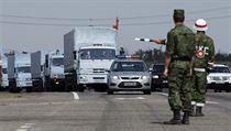 Rusk� humanit�rn� konvoj p�ekro�il hranice Ukrajiny.