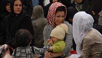 Íránský re�im se sna�í zlep�it demografické statistiky, mladé �eny tak budou... | na serveru Lidovky.cz | aktu�ln� zpr�vy