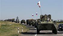 Rusk� obrn�n� transport�ry v Rostovsk� oblasti pobl� ukrajinsk�ch hranic.
