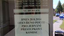 Obecní úřad v Šestajovicích, kde se nachází domov pro seniory Petruška.
