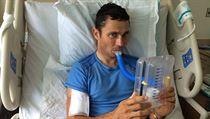 Handicapovaný cyklista Jiří Ježek se v americkém Greenville zotavuje z pádu na mistrovství světa.