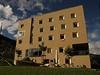 Hotel Scuol m�e z venku vypadat pon�kud stroze | na serveru Lidovky.cz | aktu�ln� zpr�vy