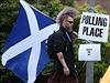 Skotsk� referendum: obyvatel� rozhoduj� o budoucnosti zem�.