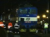 V Praze na Vyšehradě se ve středu večer srazil rychlík Českých drah (ČD) s pracovním strojem.
