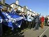 Předseda skotské vlády Alex Salmond se zasazuje za samostatnost Skotska. Na snímku se fotí s jedním ze svých stoupenců.
