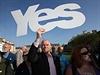 Ano samostatnému Skotsku! Setkání stoupenců odtržení Skotska od Británie.
