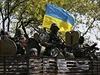 Ukrajin�t� voj�ci v okol� m�sta Kramatorsk.