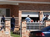 Podle agentury AP se do �tvrte�n�ho z�tahu zapojilo na 800 p��slu�n�k� feder�ln� policie, kte�� prohledali v�ce ne� dv� des�tky objekt� v Sydney.
