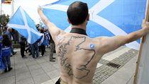 Samostatn� Skotsko po�aduje i tento mu� ve m�st� Glasgow.