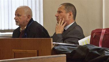 Kamil Jirounek, jeden ze zakladatel� firmy Oleo Chemical, u soudu. | na serveru Lidovky.cz | aktu�ln� zpr�vy