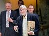 Zakladatel divadla a re�is�r Jan Schmid p�edstavil knihu o historii divadla nazvanou Cesta Ypsilon.