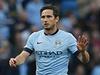 Zálo�ník Manchesteru City Frank Lampard se omlouvá za gól do sít� Chelsea. | na serveru Lidovky.cz | aktu�ln� zpr�vy