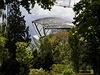 Architekt Tančícího domu v Praze Frank Gehry navrhl budovu Louis Vuitton Foundation, která se právě dokončuje v Paříži. Ve městě nad Seinou je již podle jeho návrhu Cinémathéque, tedy muzeum kinematografie.