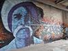 Někdejší americko-britská odposlouchávací stanice na berlínském kopci Teufelsberg našla nové uplatnění jako jedna z největších německých galerií street artu. Na vnějších stěnách i v interiéru bývalého vojenského komplexu vznikají každý den nová legální graffiti.