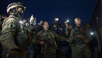 Ze zajet�, do n�ho� b�hem boj� na v�chod� Ukrajiny padli ukrajin�t� voj�ci �i...
