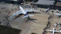 Nejv�t�í dopravní letoun sv�ta Airbus A 380 pojme a� 180 pasa�ér�.   na serveru Lidovky.cz   aktu�ln� zpr�vy