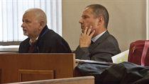 Kamil Jirounek, jeden ze zakladatel� firmy Oleo Chemical, u soudu.