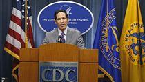 �editel americk�ho St�ediska pro kontrolu a prevenci nemoc� (CDC) Dr. Thomas...