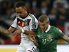 Karim Bellarabi (vlevo) vs. James McClean.