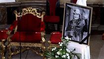 Do sv. Ign�ce se s Pavlem Landovsk�m p�i�li rozlou�it herci i disidenti
