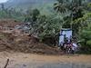 Následky sesuvu půdy na Srí Lance