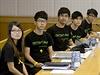 Studentští vůdci, představitelé prodemokratických protestů, na jednání se zástupci vlády.
