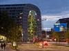 V centru Rotterdamu vyrostla nová origální stavba, která v sobě spojuje tržnici i bytové jednotky.