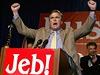 Jeb Bush oslavuje své vít�zství nad demokratickým kandidátem Billem McBridem v... | na serveru Lidovky.cz | aktu�ln� zpr�vy