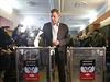 Alexander Zachar�enko, v�dce separatist�, hlasuje v povstaleck�ch volb�ch
