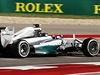 Momentka z kvalifikace na okruhu v Austinu. Na snímku Nico Rosberg.