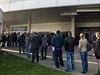 U pokladen pražské O2 areny byl 4. listopadu ráno zahájen prodej denních...