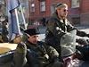 Volby v Luhansku přijeli podpořit i členové ruského motorkářského gangu Noční...