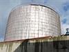 Správci rezerv odváží naftu ze skladů firmy Viktoriagruppe.