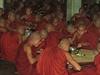 Miliony Barmánců mnoha etnických skupin trpí dlouhá desetiletí, protože hrstka...