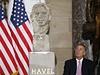 Busta V�clava Havla, kter� dnes po�ehnal i kaplan americk�ho Kongresu