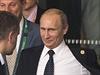 Vladimir Putin opouští hotel v Brisbane.