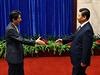 """""""Udělali jsme první krok ke zlepšení vzájemných vztahů,"""" řekl japonský premiér..."""