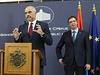 Premiéři Rama (vlevo) a Vučić na společné tiskové konferenci.