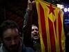 Stoupenci nezávislého Katalánska oslavují v ulicích Barcelony výsledky...