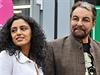 Indický herec Kabir Bedi s přítelkyní Parveen Dusanjovou