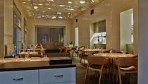 Kromě Maskera se na vzhledu restaurace podílelo i Studio Nabrt či Atelier ph5.