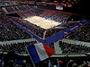 Fin�le Davis Cupu 2014 se v Lille odehr�v� se fotbalov�m stadionu. P�te�n�ch 27...