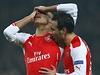 Oxlade-Chamberlain a Cazorla z Arsenalu.